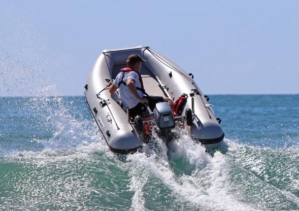 Takacat Katamaran Schlauchboot